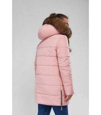 Зимняя куртка приталенная с капюшоном 26829-8