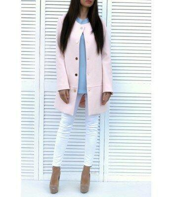 Розовое пальто из кашемира